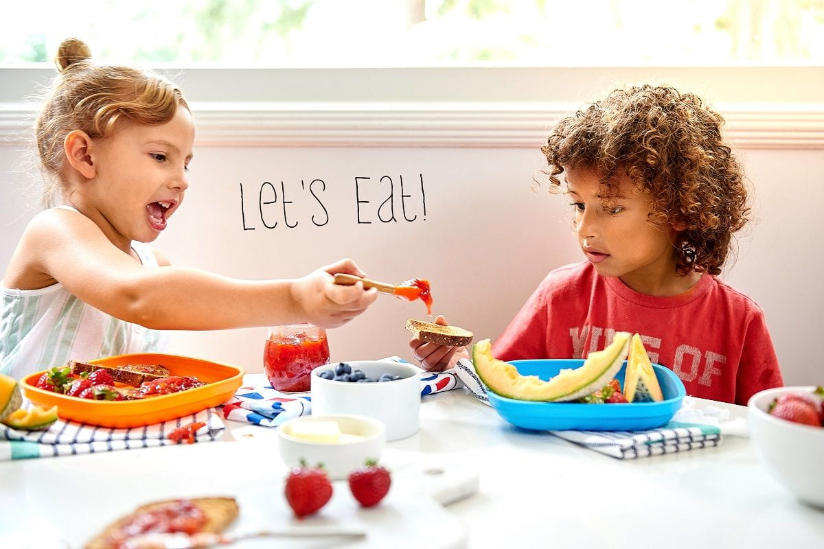 let's eat kids at table with refrigerator jam