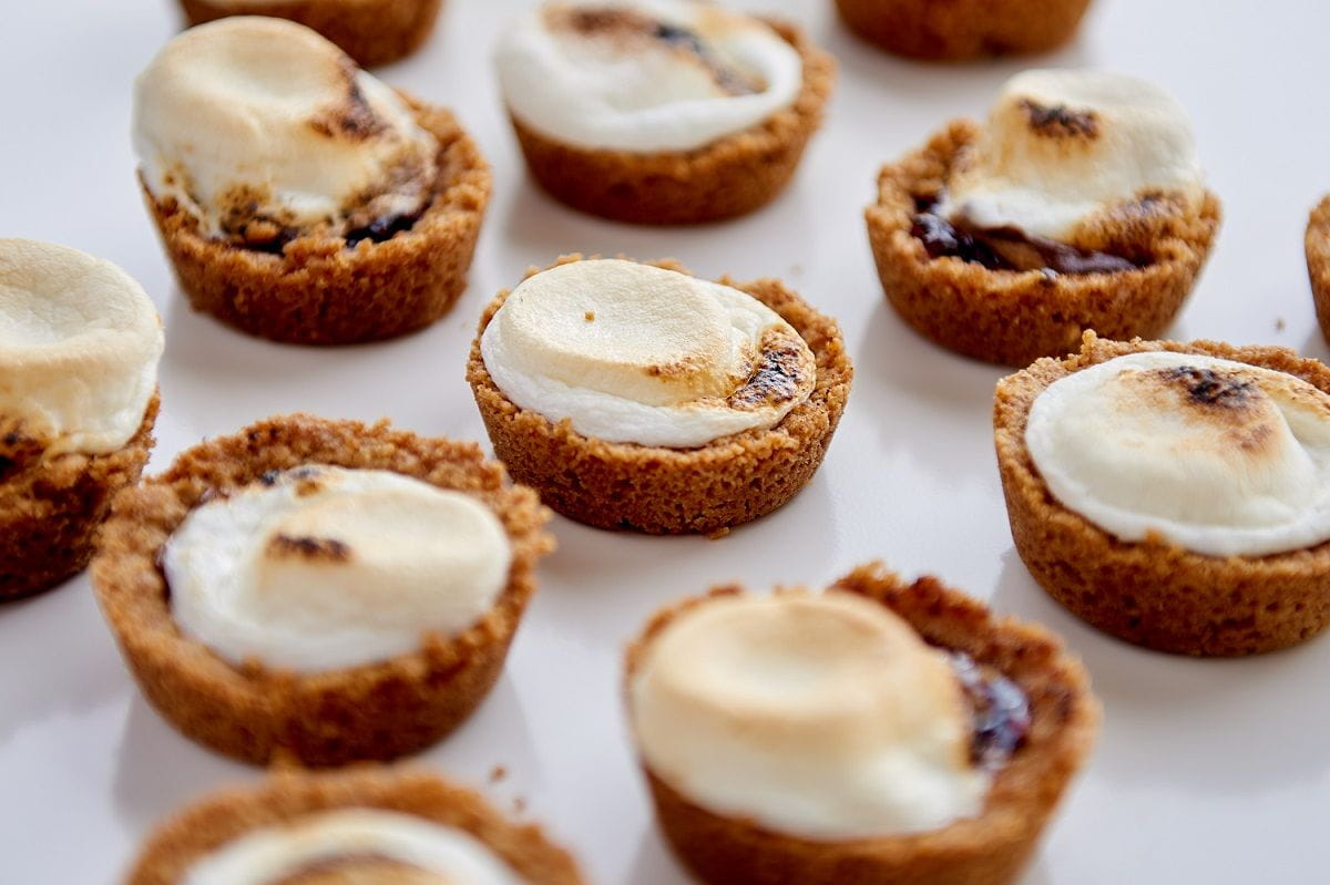 overhead of smores bites