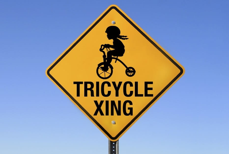 tricycle xing sign