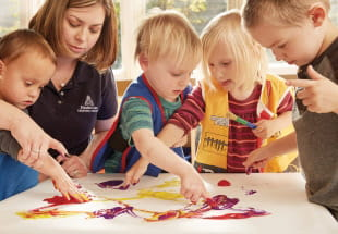 Discovery Preschool Programs for 2-3 Year Olds | KinderCare