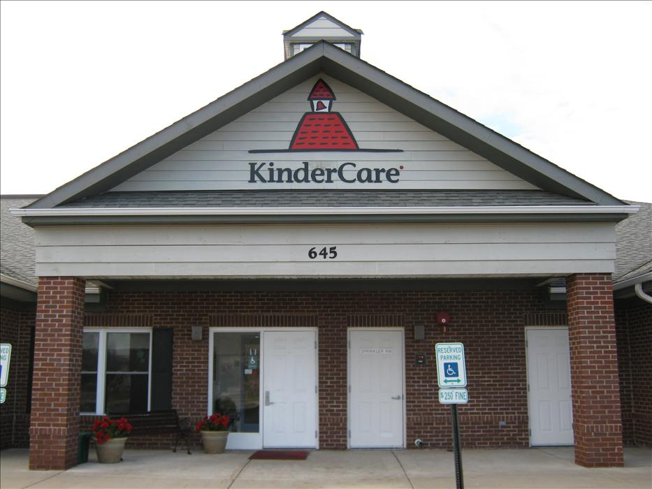 Crystal Lake Kindercare Daycare Preschool Early Education In