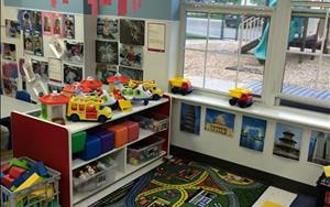 Welcome to our second Discovery Preschool classroom: Toddler 1. This classroom also has lots of activity choices to help your child learn and grow!