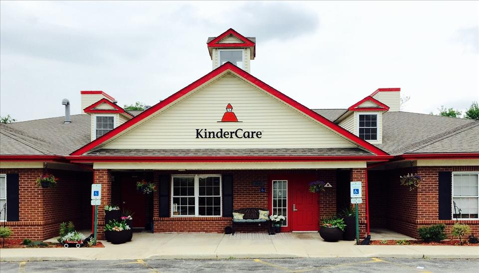 Welcome to the Fox Valley KinderCare!