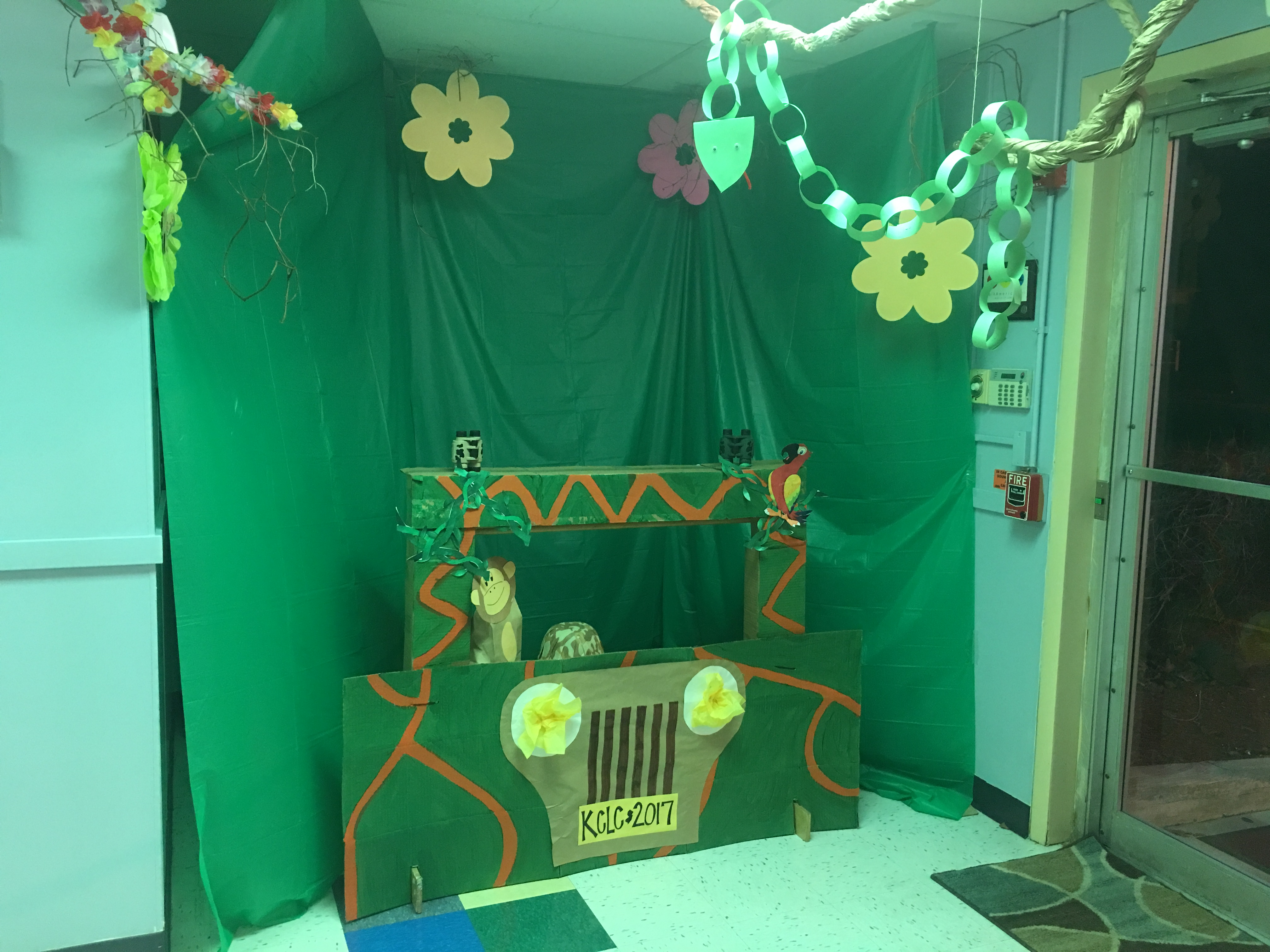Welcome To The Jungle! Parents will enjoy our Summer Sneak Peek Photo Booth!! Stop in and see all of the wonderful things we have planned!!