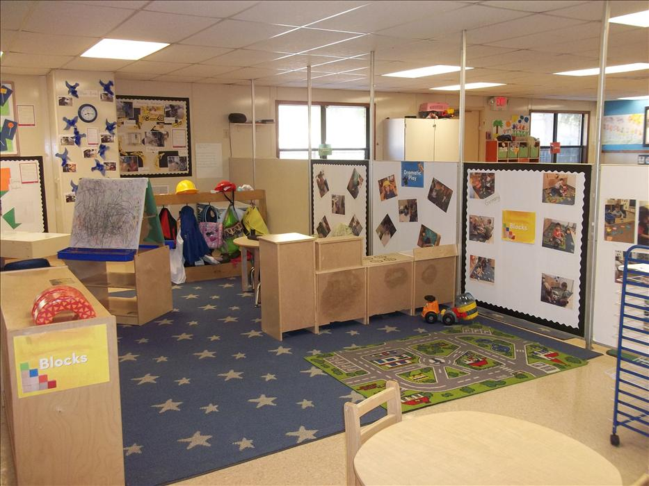 Early Fondations Discovery Preschool