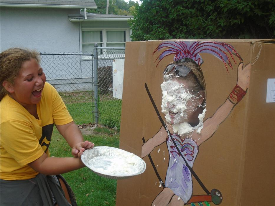 Pie in the Face at Circus Day 2016