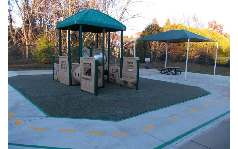 Toddler & Discovery Preschool Playground