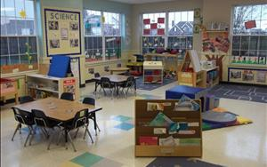 Our Two B classroom is for children 2.5 to 3 years of age.  With a ratio of 1 teacher to 7 children, this room shows just how much students are learning and growing in Discovery Preschool.