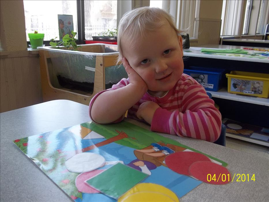 Learning shapes and colors in Discovery Preschool is fun!