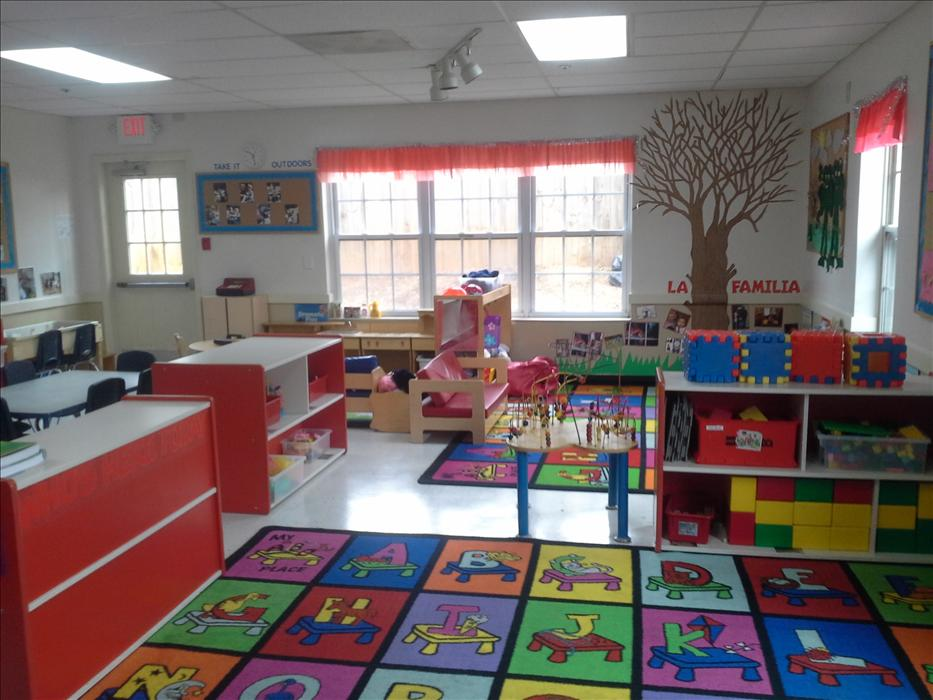 Discovery preschool is an engaging learning environment for students 24 to 36 months.