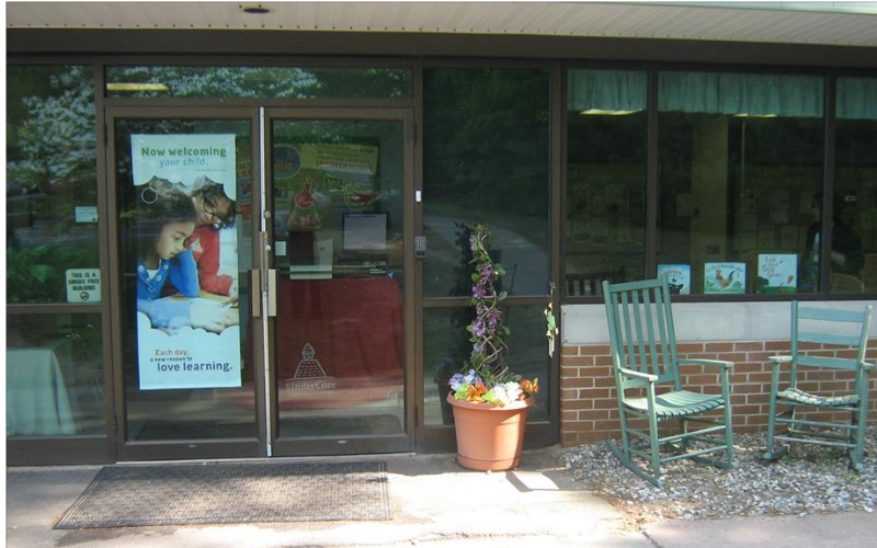 Scott Swamp KinderCare - Front Enterance