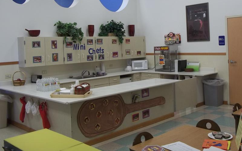 """Kids' Kitchen"""