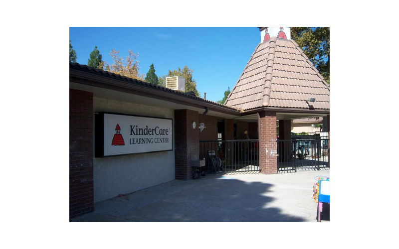 Thousand Oaks KinderCare Front