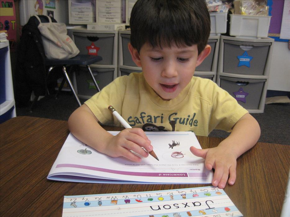 Phonics class offers 1-on-1 individualzed instruction.