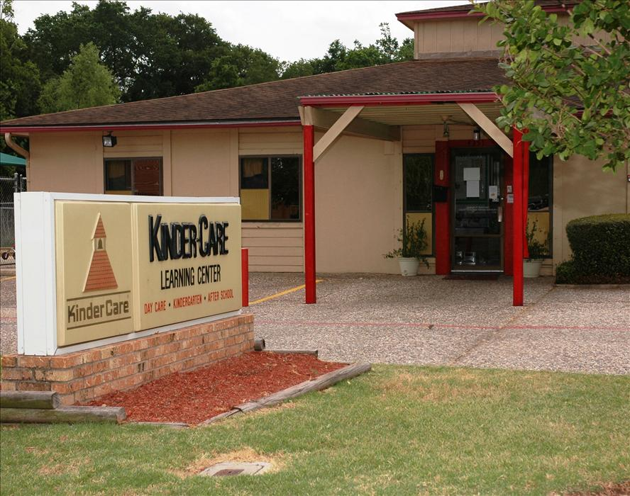Carter Creek KinderCare Front