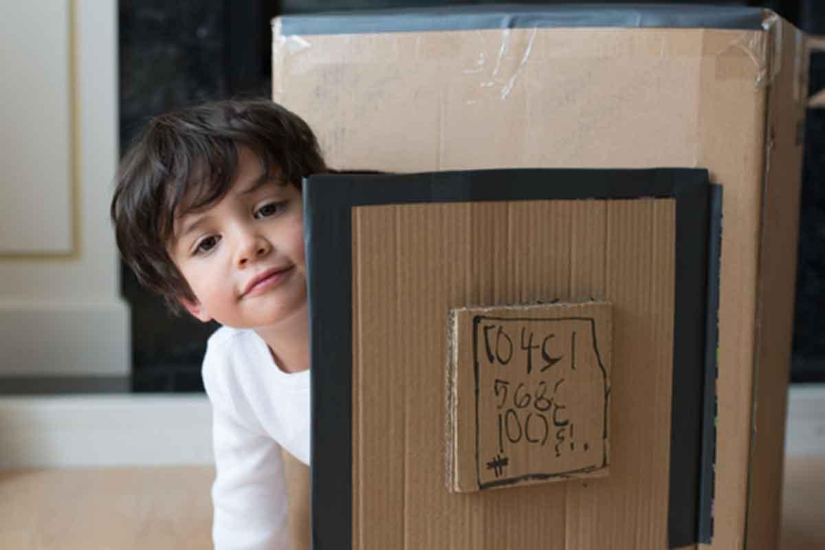 A Car A Boat A Robot 8 Great Cardboard Box Craft Ideas